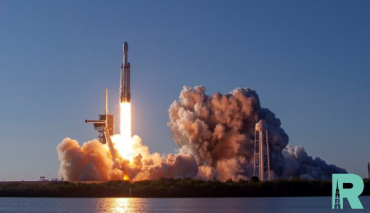 SpaceX запущена ракета Falcon Heavy с 24 спутниками на борту